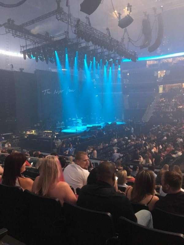 Amalie Arena, secção: 117, fila: N, lugar: 8