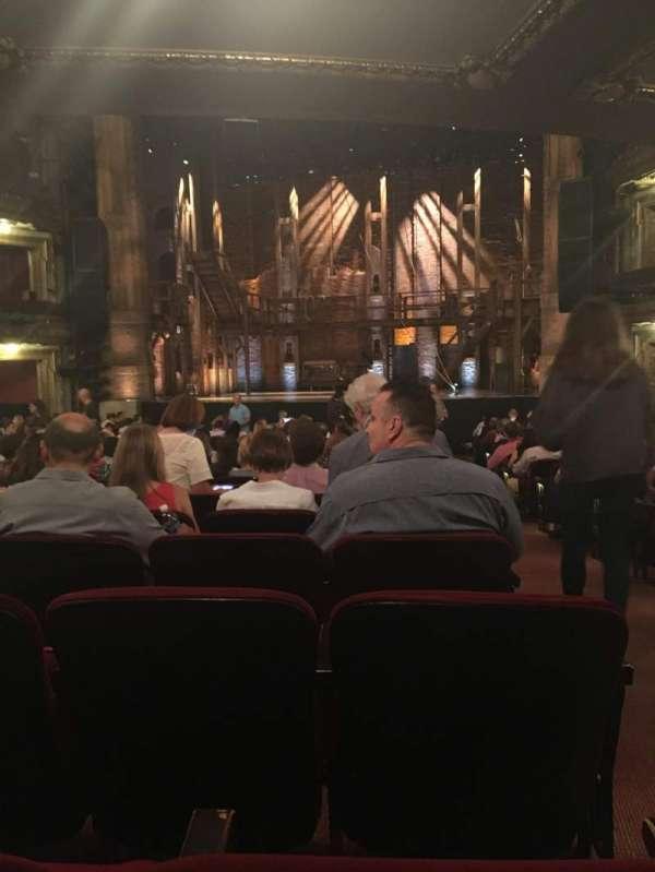 CIBC Theatre, secção: Orchestra C, fila: W, lugar: 118