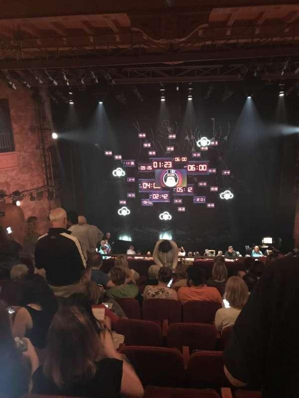 August Wilson Theatre, secção: Mezzanine C, fila: H, lugar: 108