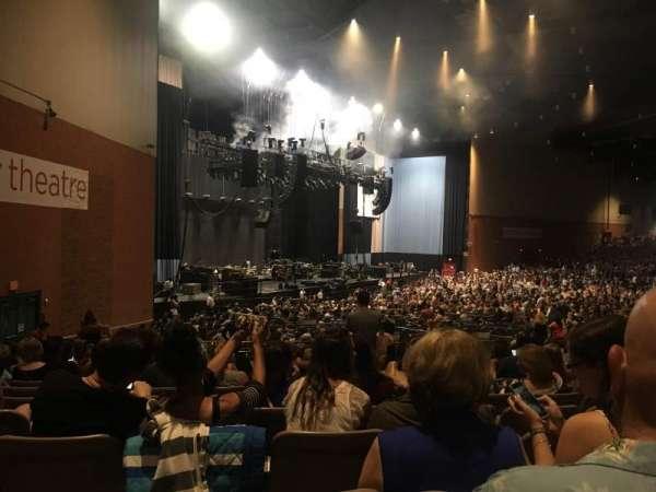 Xfinity Theatre, secção: 800, fila: RR, lugar: 825