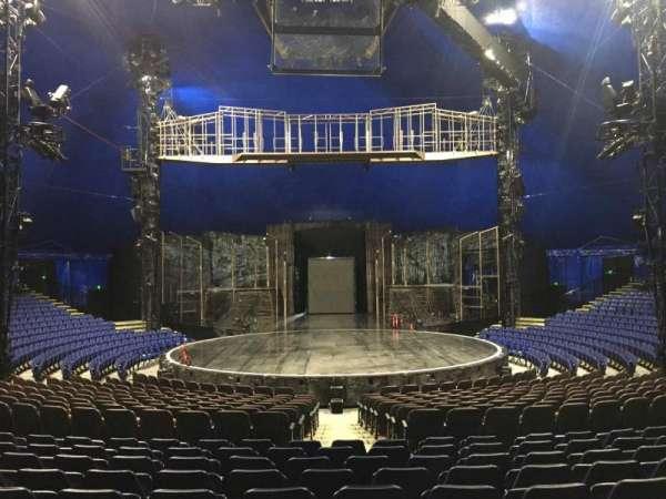 Cirque Du Soleil - Volta, secção: 200, fila: N