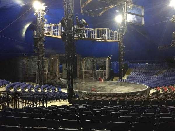 Cirque Du Soleil - Volta, secção: 201, fila: Q