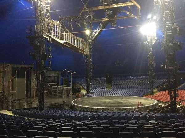 Cirque Du Soleil - Volta, secção: 203, fila: Q