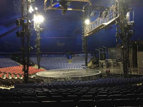 Cirque Du Soleil - Volta, secção: 204, fila: Q