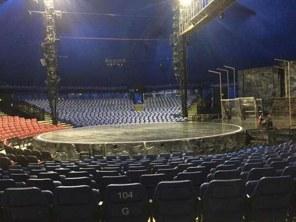 Cirque Du Soleil - Volta, secção: 204, fila: H