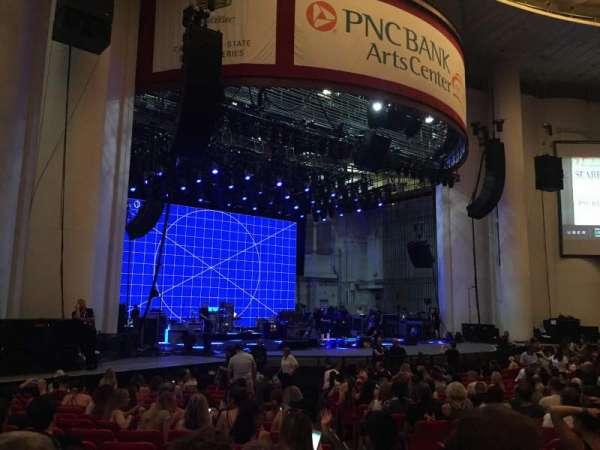 PNC Bank Arts Center, secção: 104, fila: S, lugar: 5