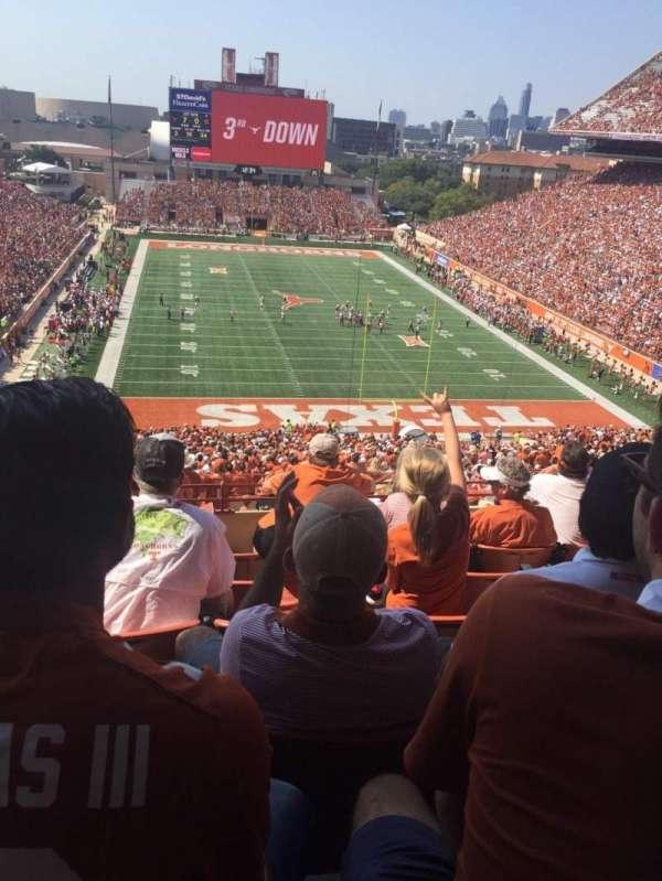 Texas Memorial Stadium, secção: 17C, fila: 6, lugar: 11