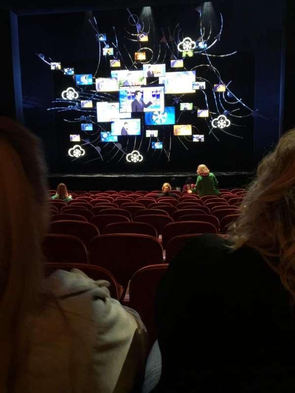 August Wilson Theatre, secção: Orchestra C, fila: O, lugar: 105