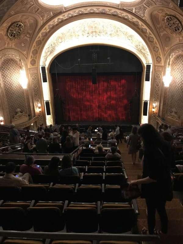 Paramount Theatre (Seattle), secção: Mez33, fila: S, lugar: 10