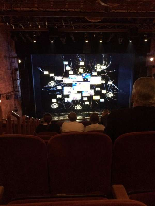 August Wilson Theatre, secção: Mezzanine C, fila: H, lugar: 114