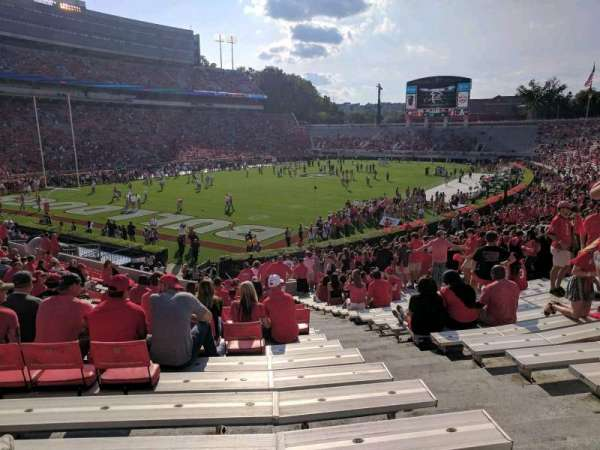 Sanford Stadium, secção: 115, fila: 32, lugar: 3