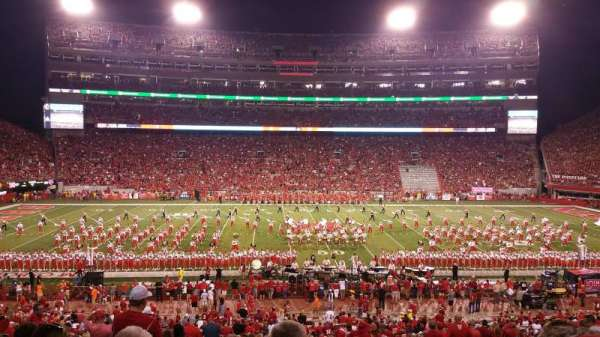 Memorial Stadium (Lincoln), secção: 27, fila: 36, lugar: 6