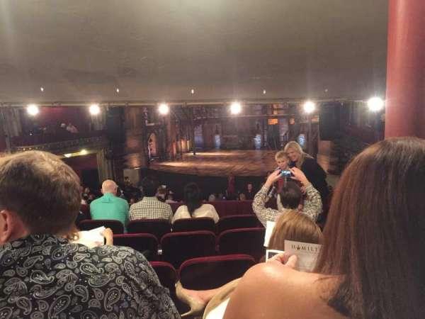 CIBC Theatre, secção: Dress Circle RC, fila: F, lugar: 236