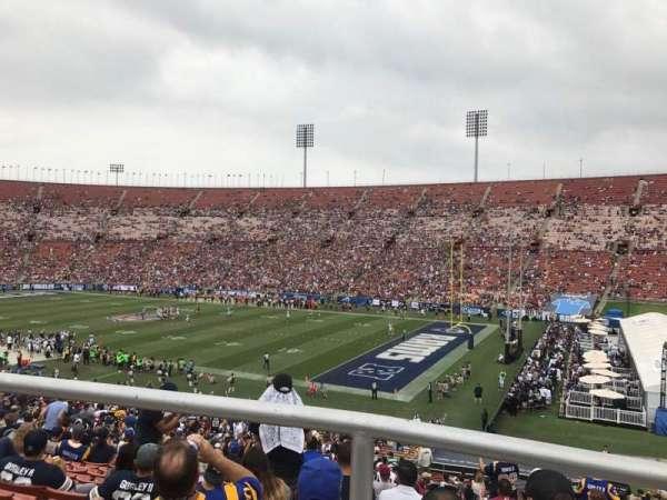 Los Angeles Memorial Coliseum, secção: 203A, fila: 1, lugar: 7