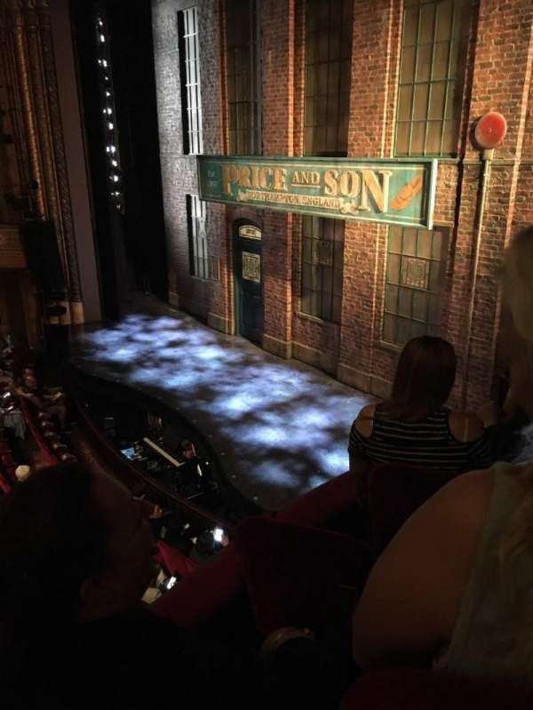 Al Hirschfeld Theatre, secção: Right Box, fila: D, lugar: 11