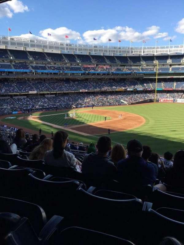 Yankee Stadium, secção: 211, fila: 19, lugar: 13