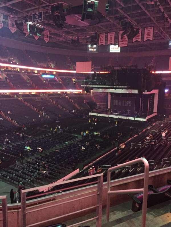 Capital One Arena, secção: 210, fila: D, lugar: 9