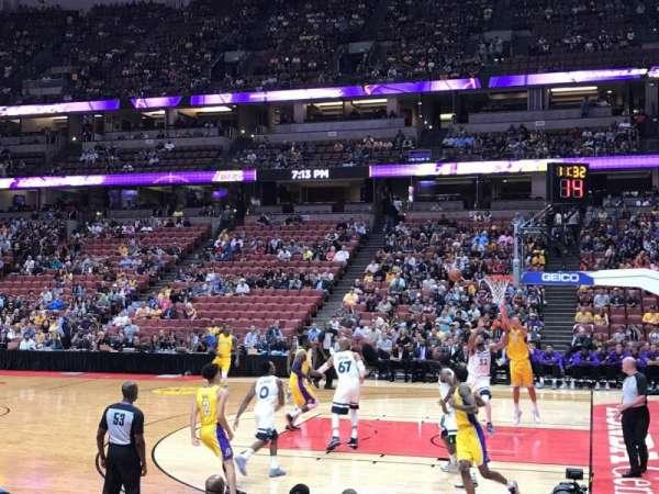 Honda Center, secção: 220, fila: F, lugar: 13
