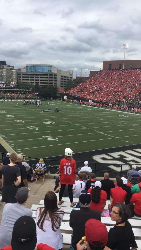 Vanderbilt Stadium, secção: I, fila: 14, lugar: 20