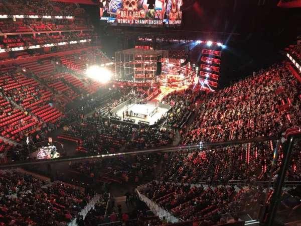 Little Caesars Arena, secção: 217, fila: 1, lugar: 6