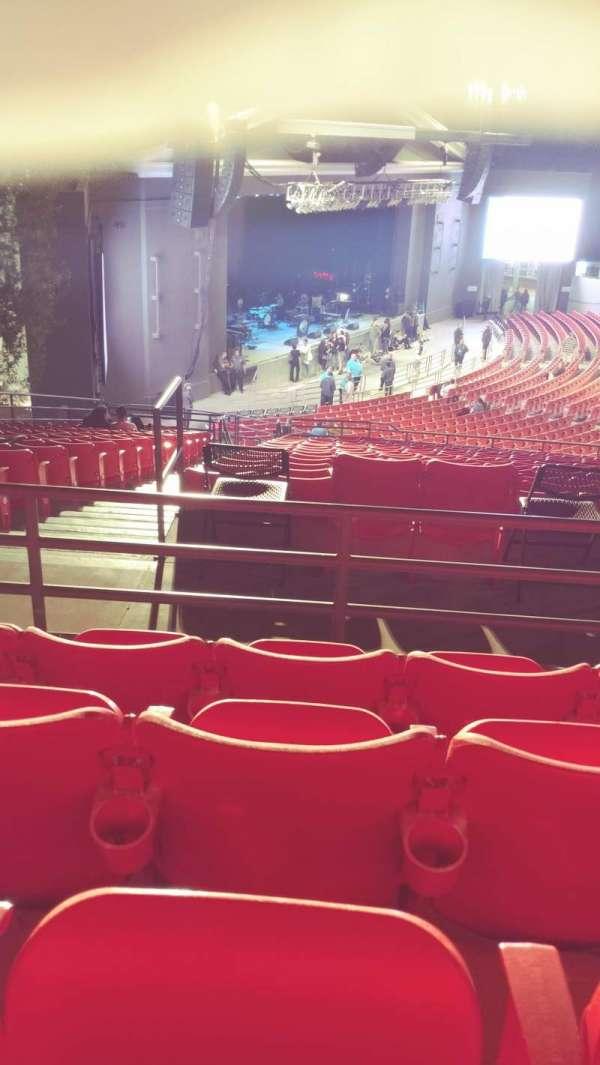 The Greek Theatre, secção: North Terrace L, fila: P, lugar: 56