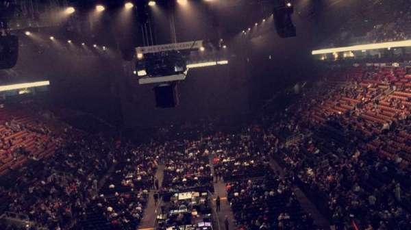 Scotiabank Arena, secção: 303, fila: 1, lugar: 5