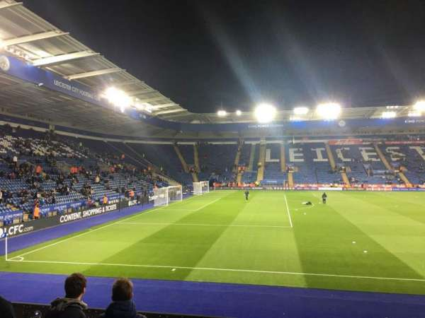King Power Stadium, secção: B, fila: L, lugar: 93