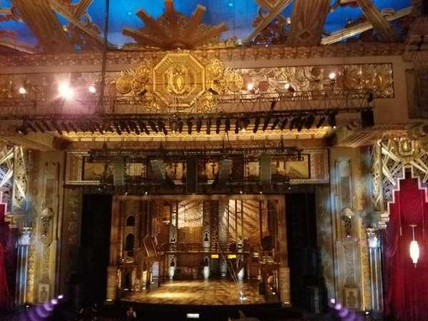 Hollywood Pantages Theatre, secção: Mezzanine C, fila: E, lugar: 101
