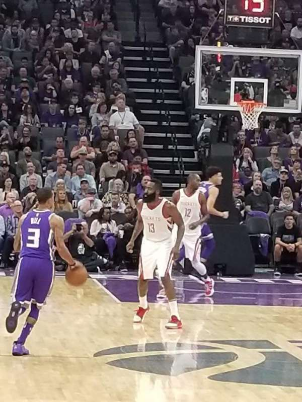 Golden 1 Center, secção: 114, fila: CCC, lugar: 6
