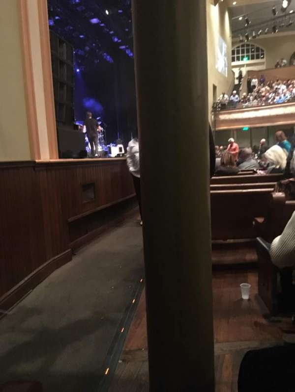 Ryman Auditorium, secção: MF-8, fila: M, lugar: 7
