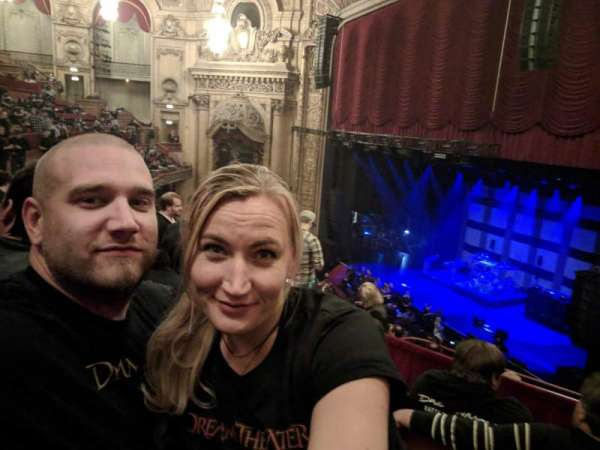 Chicago Theatre, secção: Balcony1R, fila: C, lugar: 110