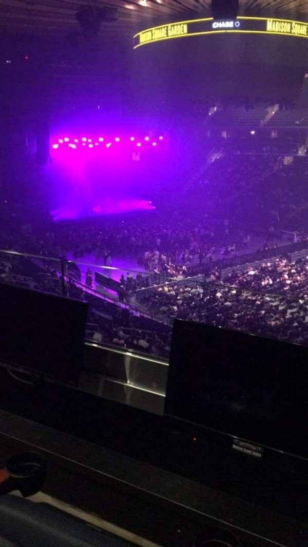 Madison Square Garden, secção: 227, fila: 2, lugar: 13