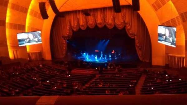 Radio City Music Hall, secção: 2nd Mezzanine 2, fila: A, lugar: 203