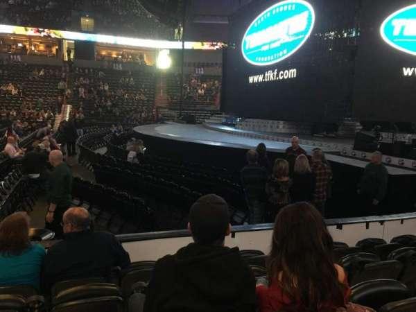 Spokane Arena, secção: 106, fila: E, lugar: 13