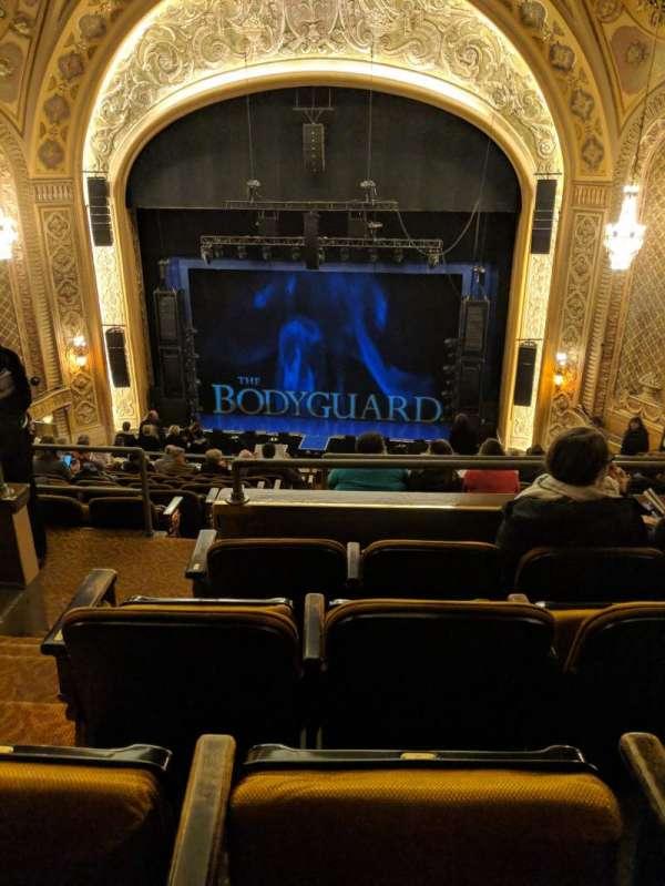 Paramount Theatre (Seattle), secção: Mez 22, fila: M, lugar: 2