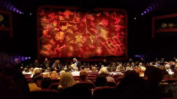 Minskoff Theatre, secção: Orchestra C, fila: W, lugar: 109