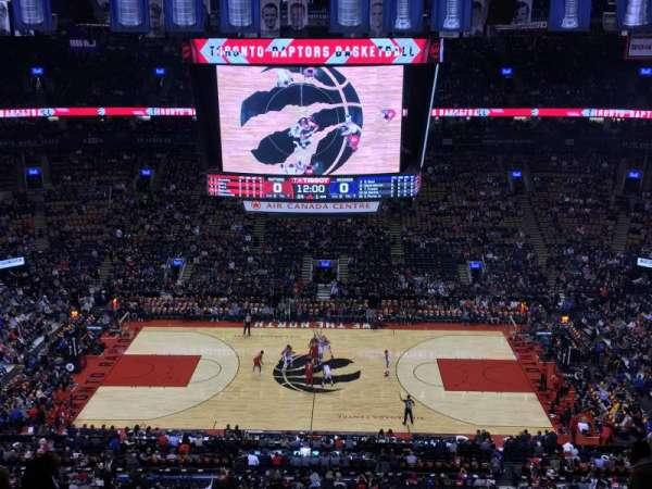 Scotiabank Arena, secção: 321, fila: 12, lugar: 9