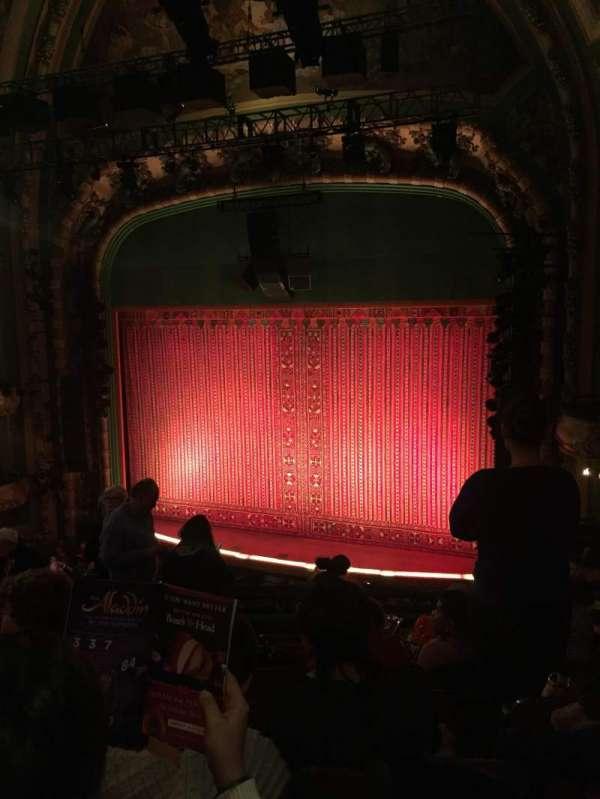 New Amsterdam Theatre, secção: Mezzanine R, fila: HH, lugar: 14