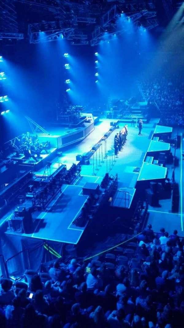 Mohegan Sun Arena, secção: 119, fila: A, lugar: 5