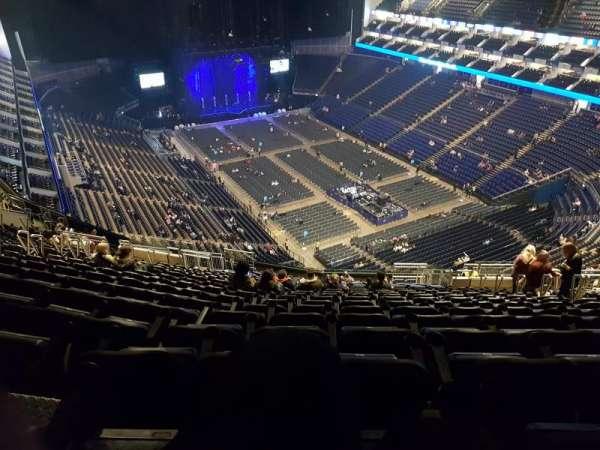 The O2 Arena, secção: 409, fila: U, lugar: 401