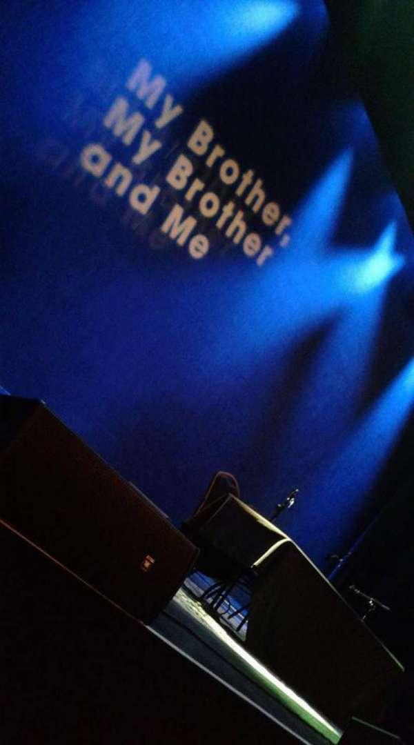 Chicago Theatre, secção: Orchestra 4L, fila: BBB, lugar: 401