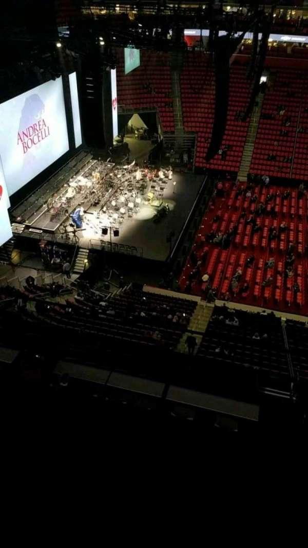 Little Caesars Arena, secção: 228, fila: 2, lugar: 3
