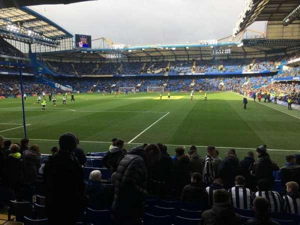 Stamford Bridge, secção: Shed lower, fila: 13, lugar: 0059