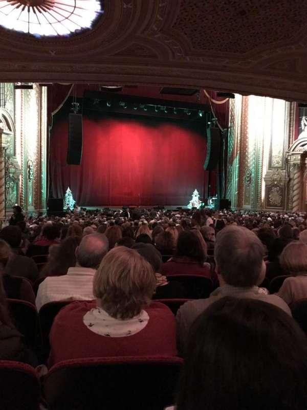 Wang Theatre, secção: Orch LC, fila: CC, lugar: 27