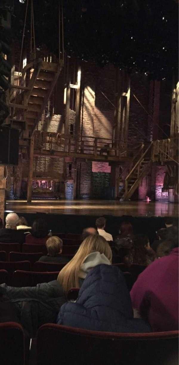 Richard Rodgers Theatre, secção: Orchestra L, fila: H, lugar: 15