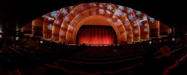 Radio City Music Hall, secção: Orchestra 4, fila: P, lugar: 411