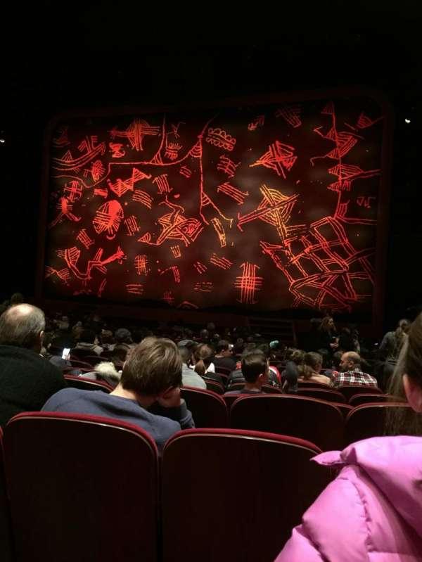 Minskoff Theatre, secção: Orchestra C, fila: R, lugar: 130