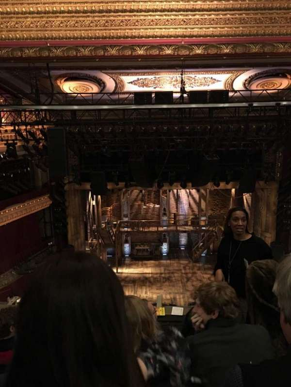 CIBC Theatre, secção: Balcony LC, fila: D, lugar: 403