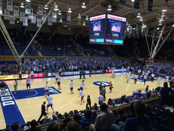 Cameron Indoor Stadium, secção: 5, fila: G, lugar: 1 and 3