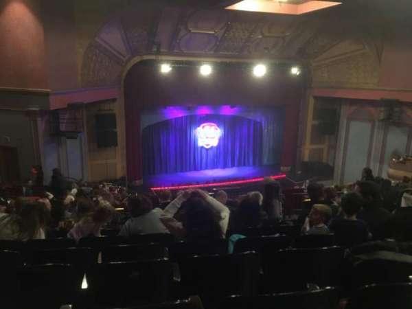 Murat Theatre at Old National Centre, secção: Balcony Left, fila: W, lugar: 5